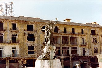 Lebanese Civil War - The Martyr's Square statue in Beirut, 1982, during the civil war