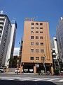 Meguro Police Station, at Nakameguro, Meguro, Tokyo (2019-05-04) 02.jpg