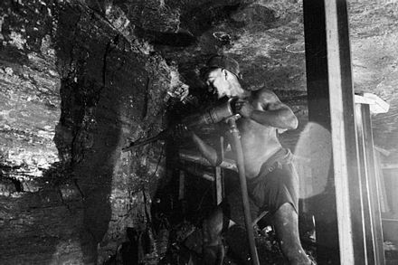 Coal miner in Britain, 1942 Men of the Mine- Life at the Coal Face, Britain, 1942 D8263.jpg