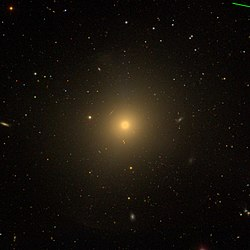 Messier89 - SDSS DR14 (panorama).jpg