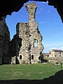 Middleham Castle - geograph.org.uk - 54316.jpg