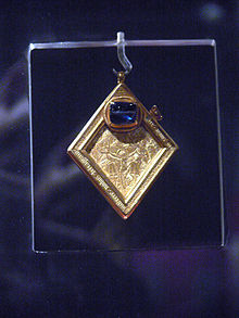 Middleham jewel 1.jpg