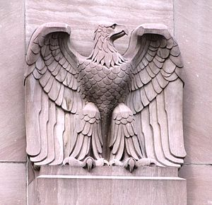 United States Post Office and Courthouse (Knoxville, Tennessee) - One of the building's four eagles carved by sculptor Albert Milani