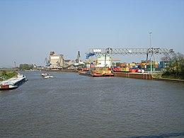 Mittellandkanal BS Hafen.JPG