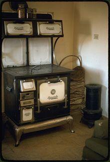 Vintage Electric Stove >> Malleable Iron Range Company - Wikipedia