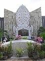 MonumentKutaBali.JPG