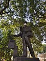Monumento al cartero 01.jpg