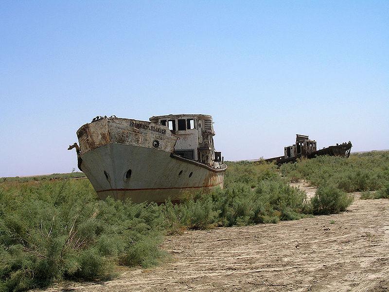 File:Moynaq Boats.jpg