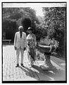 Mr. & Mrs. Frank B. Kellogg, 8-6-26 LCCN2016842371.jpg