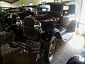 Museu Agromen de Tratores e Implementos Agrícolas, localizado no complexo do Centro Hípico e Haras Agromen em Orlândia.Em destaque, um calhambeque da marca Ford, modelo A de 1928. O Modelo A foi - panoramio.jpg
