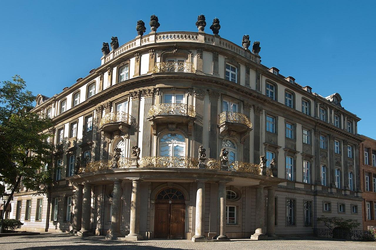 Museum Ephraim-Palais im Sommer.jpg