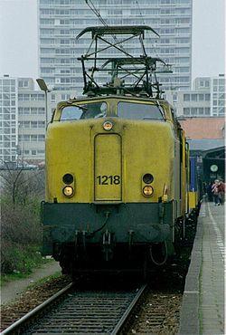 De 1218 klaar voor vertrek te Zandvoort aan Zee. (Dia: P. Meijer.)