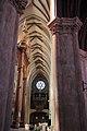 Nef cathédrale Bayonne.jpg