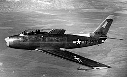 https://upload.wikimedia.org/wikipedia/commons/thumb/a/a4/North_American_XP-86_Sabre_c1947.jpg/250px-North_American_XP-86_Sabre_c1947.jpg