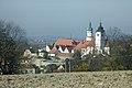 Nové město nad Metují, pohled na zámek.jpg