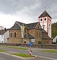 Odenthal Ortszentrum Pankratiuskirche.jpg