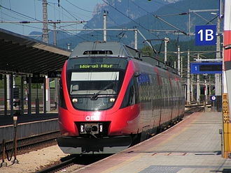 Wörgl Hauptbahnhof -  An ET 4024 train at platform 1B, Wörgl Hauptbahnhof