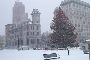 Gridley Building - Onondaga County Savings Bank Building on left, facing Christmas tree on Clinton Square, in December 2007