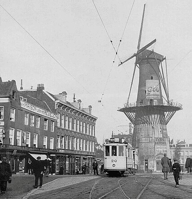 Oostplein molen De Noord 1920
