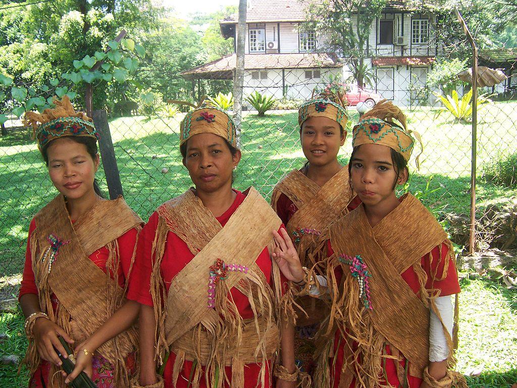 Malay traditional dress teen - 3 9
