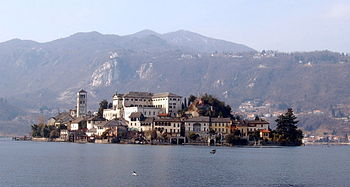 Isola San Giulio; William of Volpiano was born...