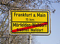 Ortsschild - Ortsende - Mörfelden-Walldorf - Stadtteil Walldorf - Frankfurt am Main 15km - 01.jpg