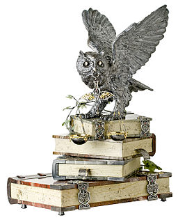 Owl on Books Stone-Cut Sculpture MOISEIKIN