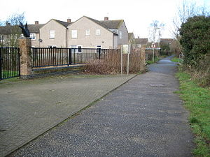 English: Oxford: Roman Road in Blackbird Leys ...