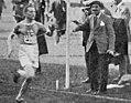 Paavo Nurmi, vainqueur du 10000 mètres des JO 1920.jpg