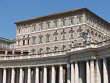 Il Palazzo Apostolico, in cui ha sede lo IOR, nello stesso edificio ci sono l'abitazione del papa (dalla quale si affaccia per la recita dell'Angelus) e diversi altri uffici di Enti della Santa Sede, fra i quali la segreteria di stato e la Prefettura della casa pontificia.
