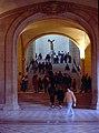 Paris-Louvre-086-grosse Treppe-1991-gje.jpg