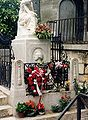 Paris.chopin.grave.500pix.jpg