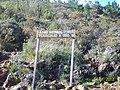 Parque Nacional do Caparaó MG-ES - Sinalização perfeita da trilha - panoramio.jpg