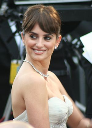 Penélope Cruz - Cruz at the 81st Academy Awards
