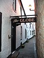 Pend to the Globe Inn - geograph.org.uk - 401550.jpg