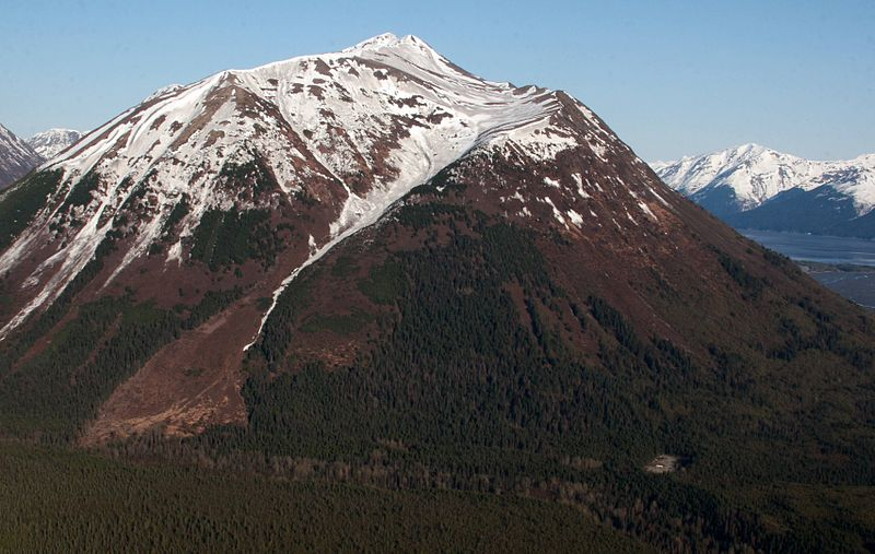 File:Penguin Peak, immediately south of Bird Ridge (3587497915).jpg