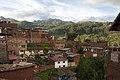 Peru - Cusco 070 - hillside suburbs (6967954124).jpg