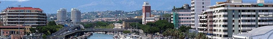Panorama verso il fiume Aterno-Pescara ripreso dal Ponte del Mare.