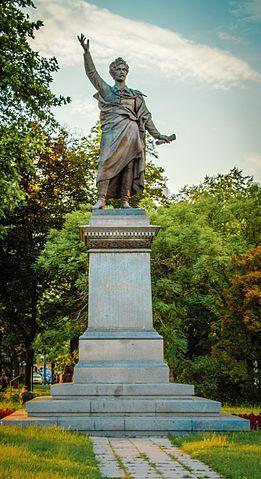 Памятник Петёфи в Будапеште