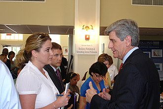 Phil Bryant - Bryant speaking with a constituent, 2008