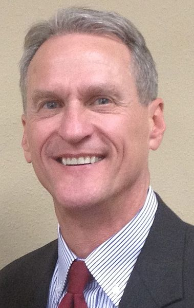 Fil:Photo of Gov. Dennis Daugaard.jpg