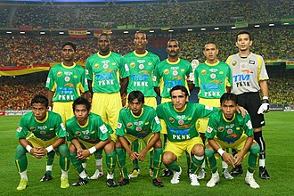 Victor Andrag - Andrag (standing third from the right) in Kedah FA 2008