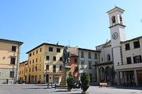 Piazza Giotto (Vicchio).jpg