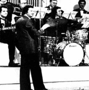 Pippo Caruso - Caruso directs the orchestra of the 1975 RAI TV-show Un colpo di fortuna