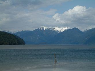 Pitt Lake - Image: Pitt Lake 023