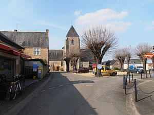 Lézigné - The centre of Lézigné
