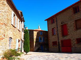 Sainte-Colombe-de-la-Commanderie Commune in Occitanie, France