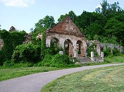 Poręba Żegoty. Pałac Szembeków. Ruiny.JPG