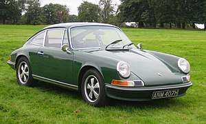Porsche 911 (classic) - Image: Porsche 911E ca 1969