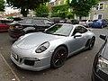 Porsche 911 (35743445781).jpg